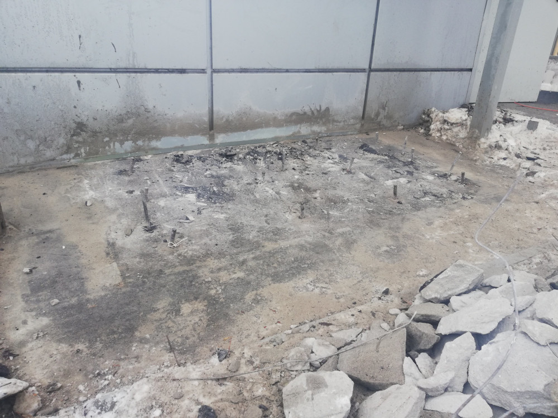 Демонтаж бетона с рабочим